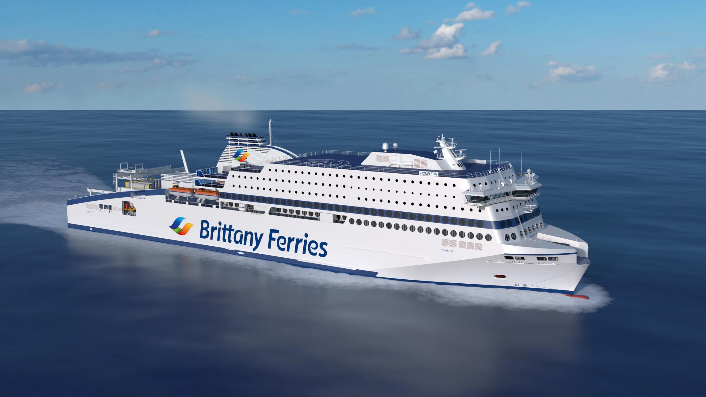Le Honfleur : premier navire français de transport de passagers propulsé au GNL