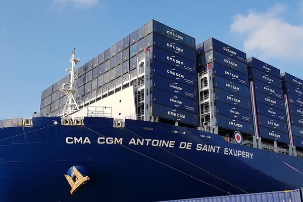 CMA CGM inaugure le plus grand porte-conteneurs battant pavillon français