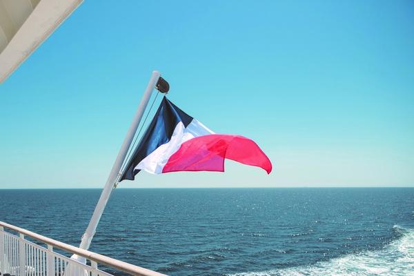 UN PLAN MARSHALL POUR LE SHIPPING FRANÇAIS